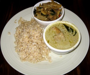 Photo of Pad Ka Prao and Green Curry at Thai Fresh in Austin, TX